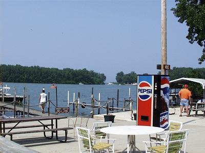 Lake erie fishing charters lodging motel cabins for Lake erie fishing charters port clinton